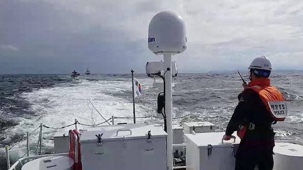 속초해경, 기관고장 표류 어선 구조 예인