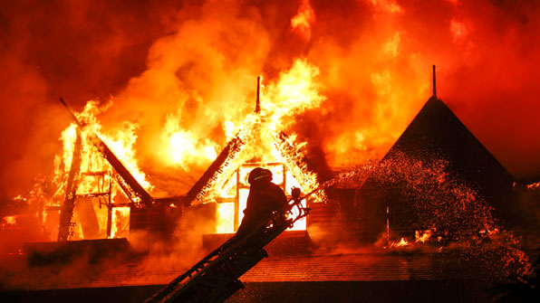 미얀마 양곤 유명호텔 불, 3명 사상