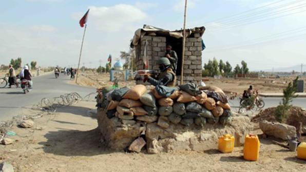 '나는 탈레반' vs '기는 정부군'…반군 첨단장비로 무장