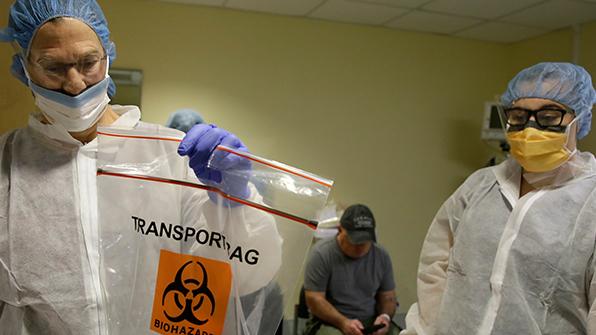 미국 연구진, 세계 최초로 사람 몸속에서 '유전자 편집' 시술