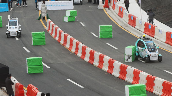 자동차계 '알파고' vs '인간' 운전 대결 누가 이길까?