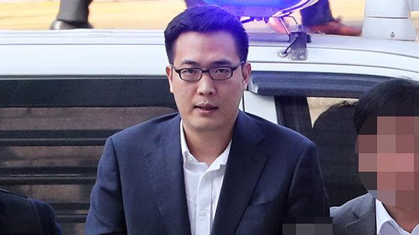 """'갑질 폭행' 김동선 """"엎드려 사죄""""…비난 여론 잠재울까?"""