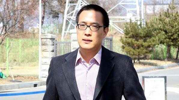 """'술자리 폭행'논란 한화 3남 김동선, """"엎드려 사죄…상담과 치료 받겠다"""""""