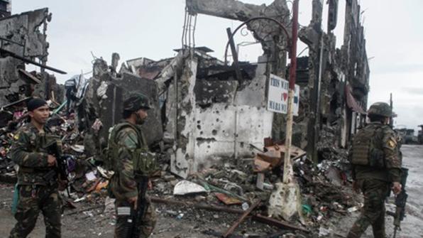 """필리핀 군경 """"IS 테러 위협에 계엄령 1년 더 연장 필요"""""""