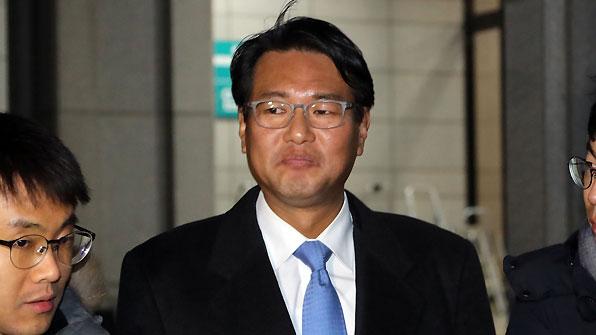 검찰, '군 댓글 관여' 김태효 전 대외전략기획관 구속영장 청구