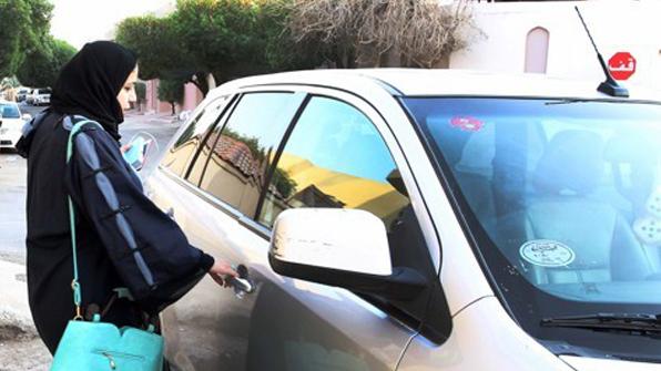 사우디, 여성 오토바이·트럭 운전도 허용