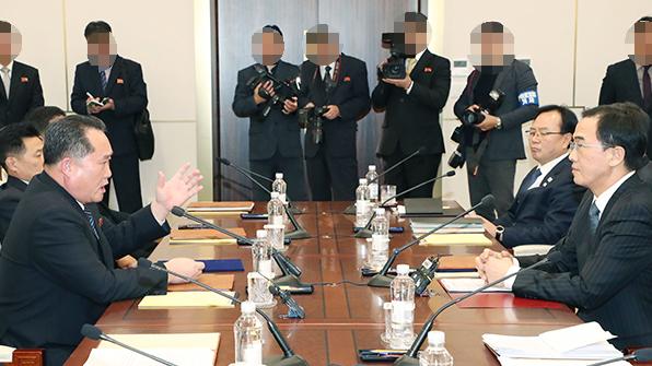 """日교도 """"北, 이산상봉 조건으로 탈북 종업원 송환 요구"""""""