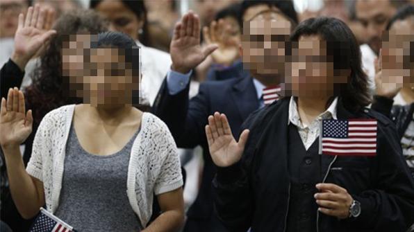 """미 이민국 """"DACA 신청 절차 재개""""…드리머 일단 '숨통'"""