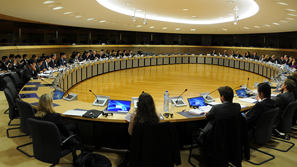 """한·EU """"보호무역에 공동대응""""…美 세이프가드 관련 공조키로"""