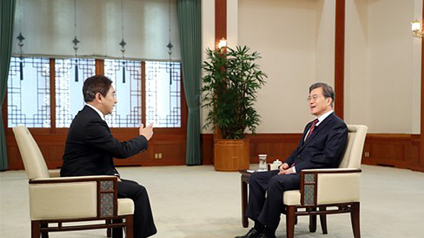 文대통령, 중국 CCTV 통해 중국인들에 설 인사