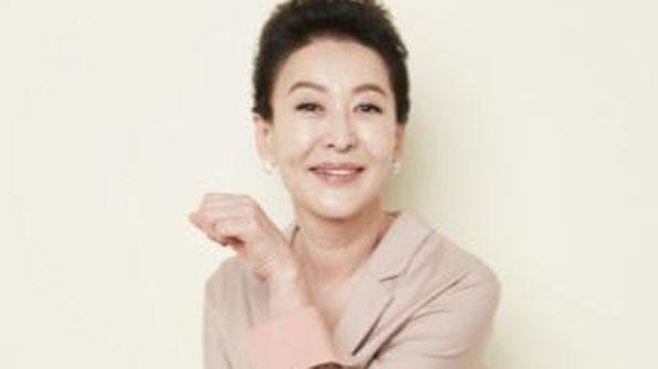 윤석화의 드라마, 김명민의 엄마 역