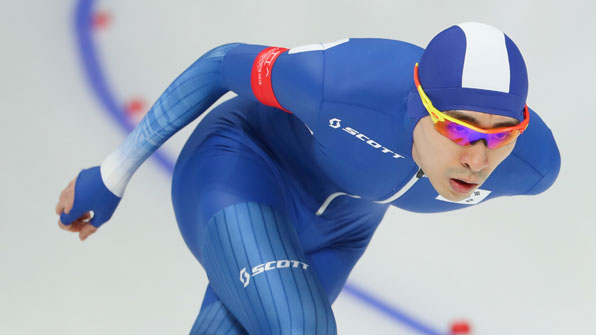 [영상]이승훈, 빙속 10000m서 12분55초54 개인 최고 기록
