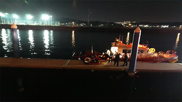 경인아라뱃길서 2명 물에 빠져 구조…1명 숨져