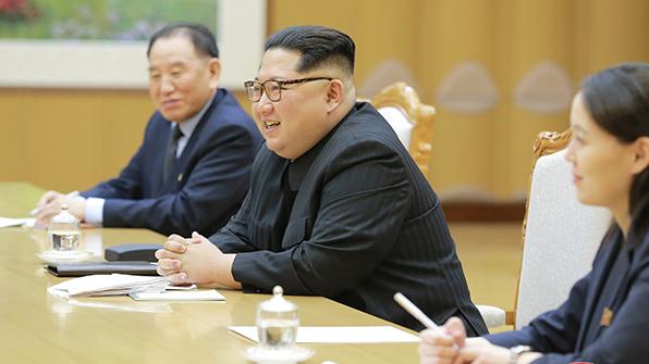 김정은 '트럼프 방북 초청'에 국제사회도 신속 반응