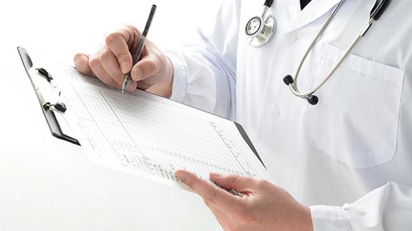 의사 평균 월급 1,304만 원…정규직 노동자의 4.6배