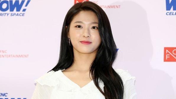 """[K스타] 합성사진 홍역 치른 설현 """"제작·유포자 꼭 찾을 것"""""""