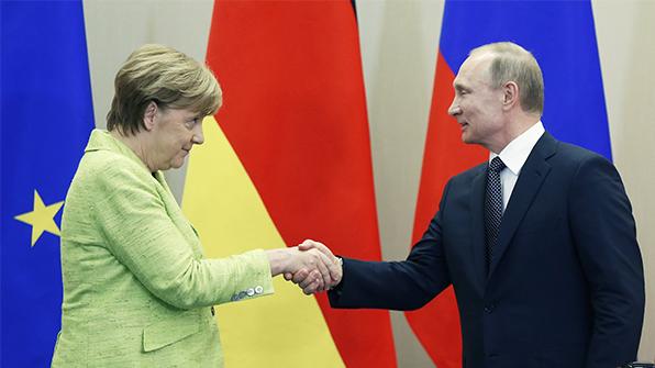 푸틴·메르켈, 시리아 내전 종식위한 정치적 노력재개에 공감대