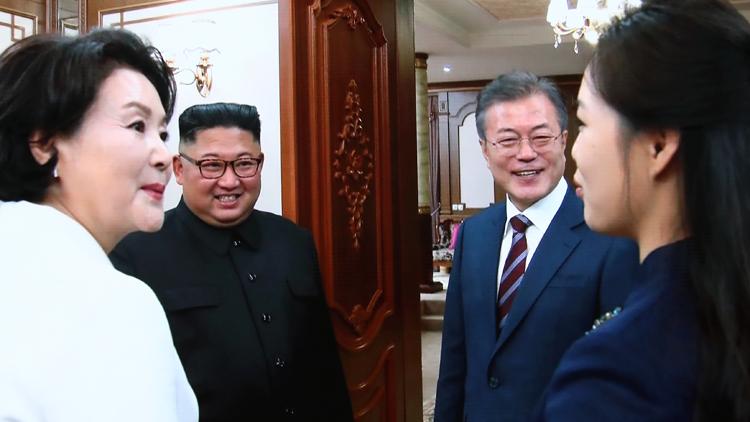 [영상] 백화원 도착한 문재인·김정은…무슨 얘기 했을까