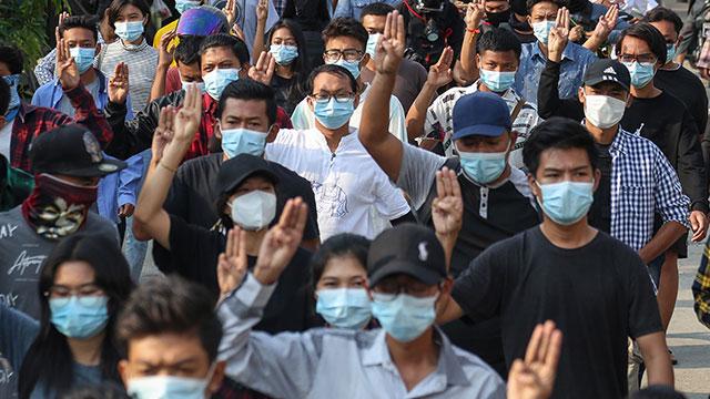 EU, 미얀마 군부 공직자 10명, 기업 2곳 제재