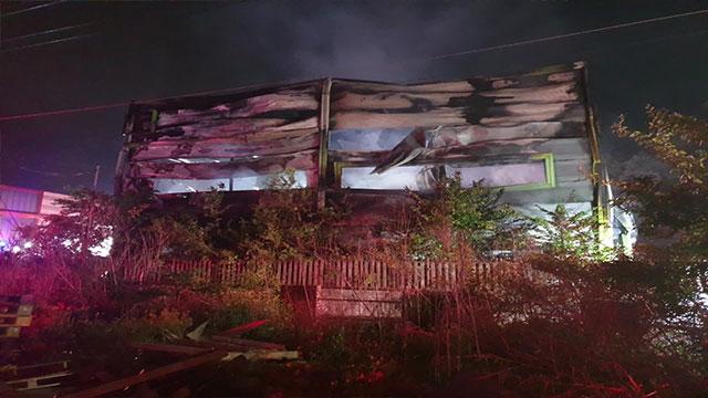 포천 섬유 공장에서 불…건물 1동 전소