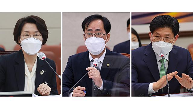 """""""文, 14일까지 장관후보자 의견 달라 국회에 요청…무겁게 받아들여"""""""
