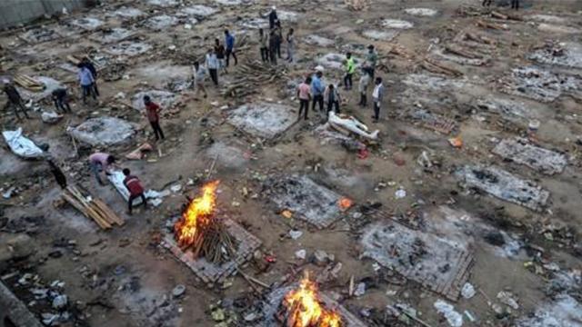 인도, 코로나19 사망자 하루 4천200명 대…또 최고치