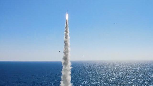 """북한 """"남측 SLBM, 초보적 걸음마 단계…속내 주시"""""""