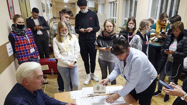 러시아 하원 의원 총선, 출구조사에서 여당이 45.2% 득표