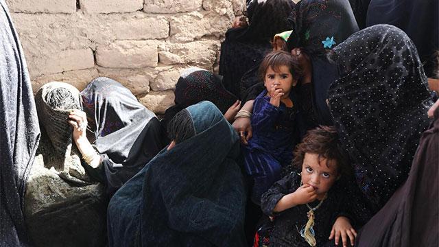 """유엔 """"아프간 전 국민 절반 이상 극심한 식량난 직면"""""""